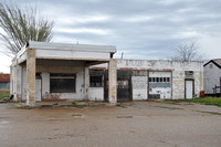 Old Gas Station - Falls County 0001